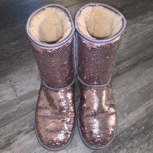 Kids/Women's UGGs boots